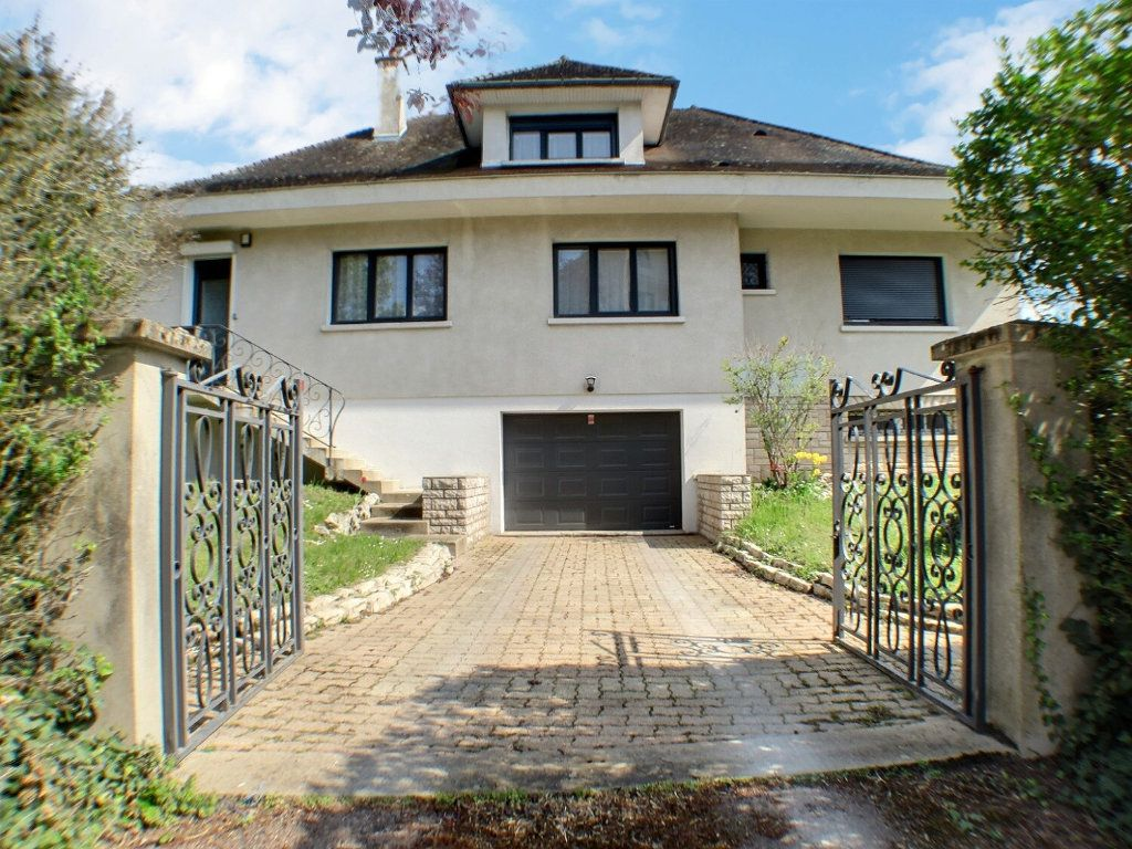 Maison à vendre 7 225m2 à Beaune vignette-1