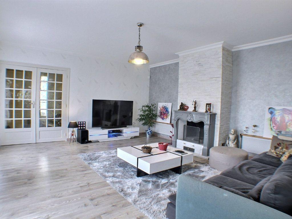 Maison à vendre 7 225m2 à Beaune vignette-7
