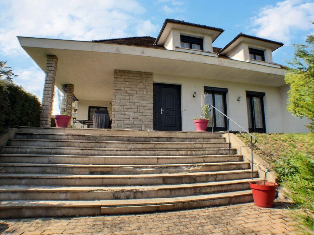 Maison à vendre 7 225m2 à Beaune vignette-9