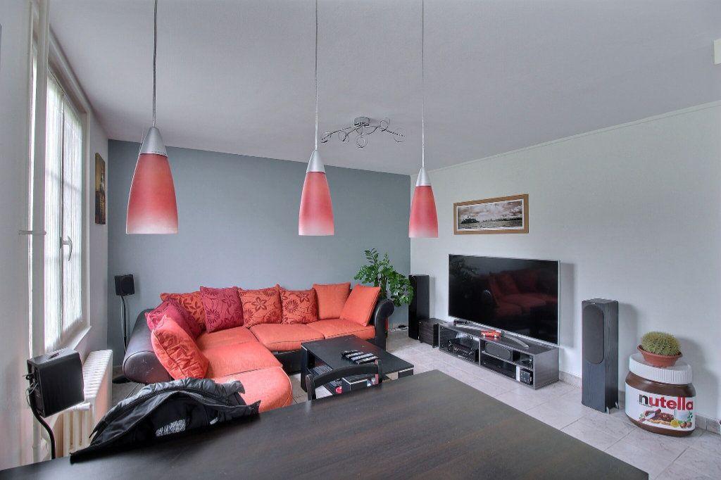 Appartement à vendre 3 58m2 à Le Creusot vignette-3