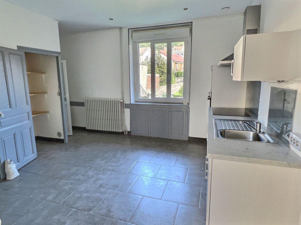Appartement à louer 3 84.94m2 à Le Creusot vignette-3
