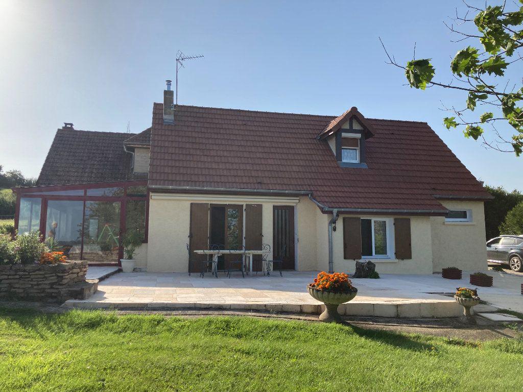 Maison à vendre 7 205.71m2 à Dezize-lès-Maranges vignette-1