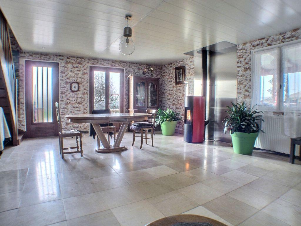Maison à vendre 7 205.71m2 à Dezize-lès-Maranges vignette-6