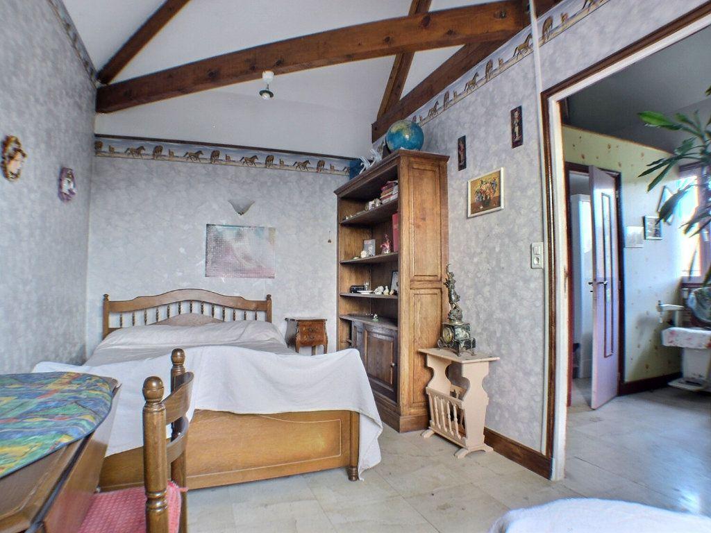 Maison à vendre 7 205.71m2 à Dezize-lès-Maranges vignette-10