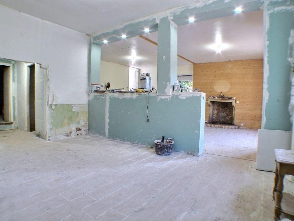 Maison à vendre 5 146.51m2 à La Rochepot vignette-4