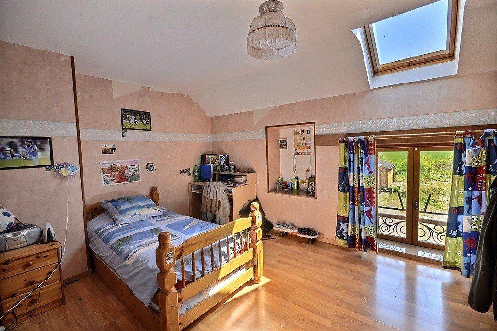 Maison à vendre 7 169.1m2 à Ladoix-Serrigny vignette-9