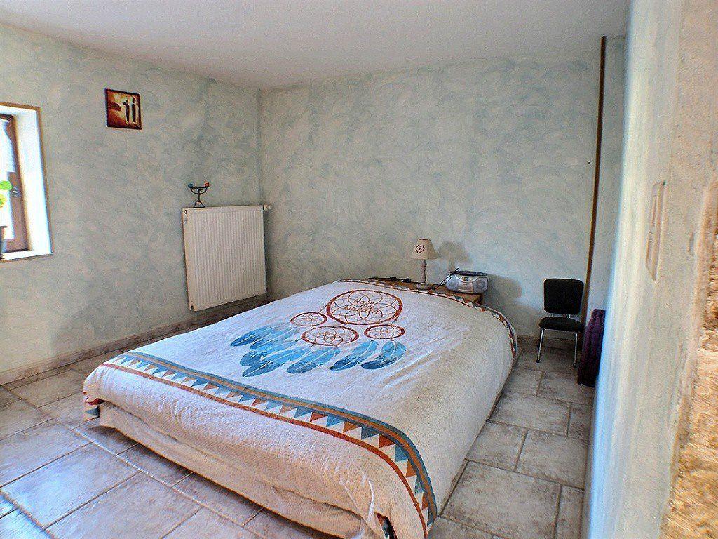 Maison à vendre 7 169.1m2 à Ladoix-Serrigny vignette-11