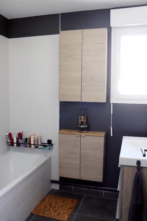 Appartement à vendre 3 62m2 à L'Isle-d'Abeau vignette-5