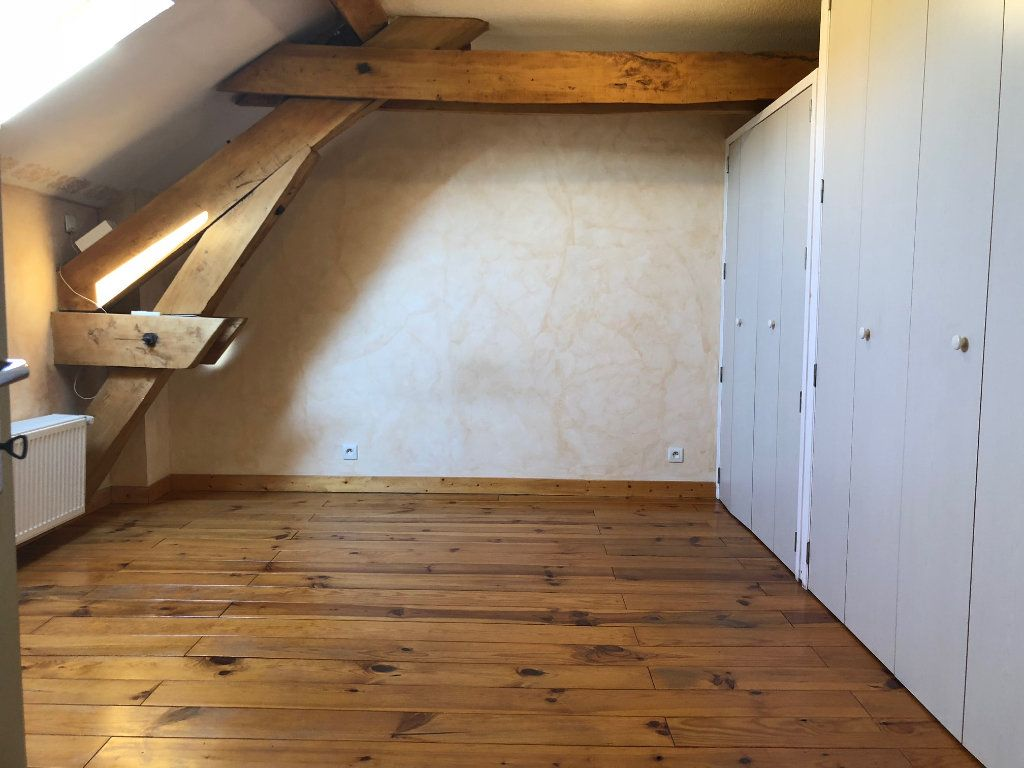 Appartement à vendre 2 65m2 à Pont-de-Chéruy vignette-3