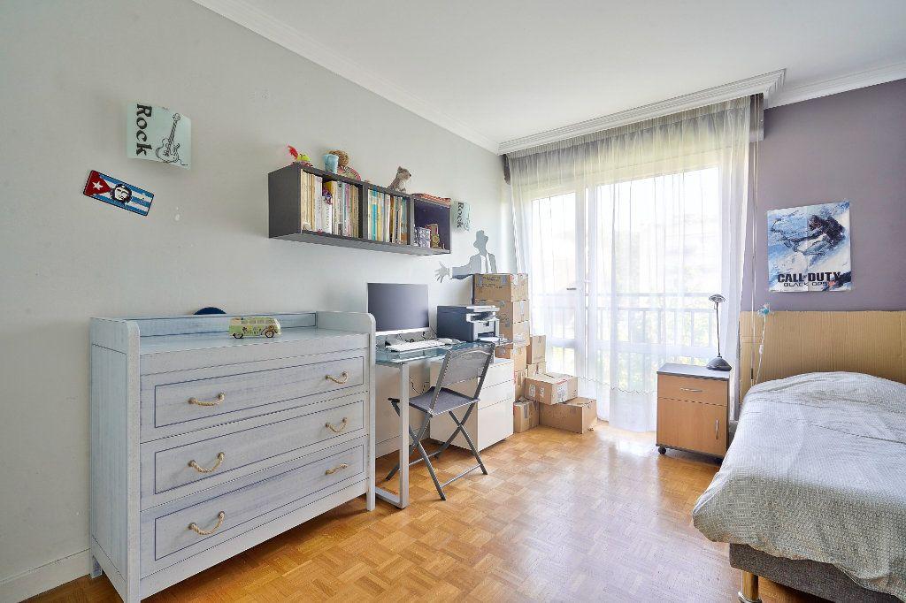 Appartement à vendre 3 70.13m2 à Rueil-Malmaison vignette-6