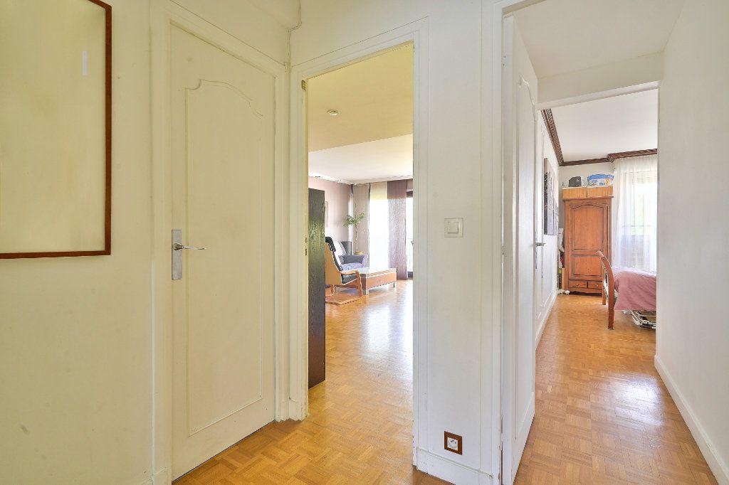 Appartement à vendre 3 70.13m2 à Rueil-Malmaison vignette-8