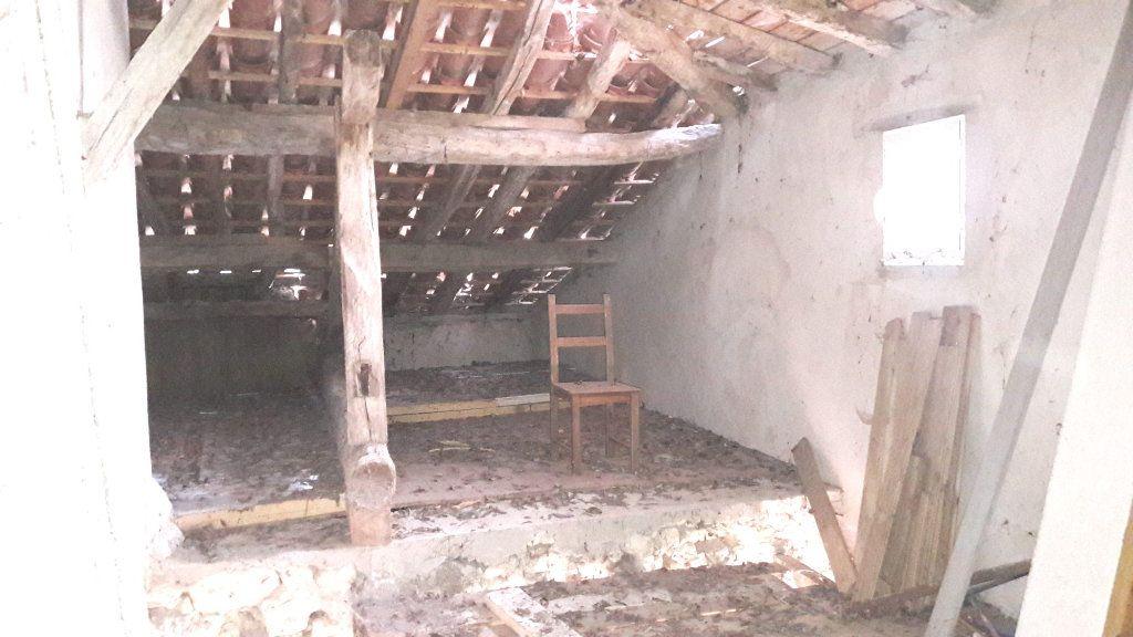 Maison à vendre 3 120m2 à Sainte-Mère vignette-7
