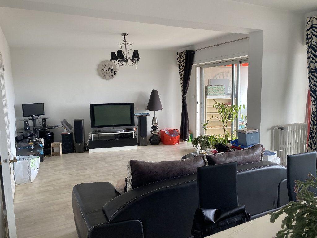 Appartement à vendre 4 125.36m2 à Agen vignette-2
