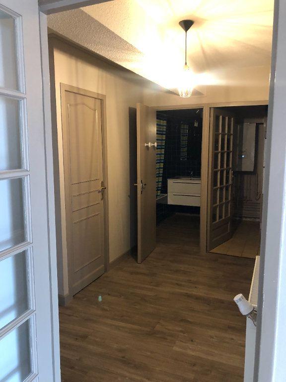 Appartement à louer 2 64.47m2 à Agen vignette-6