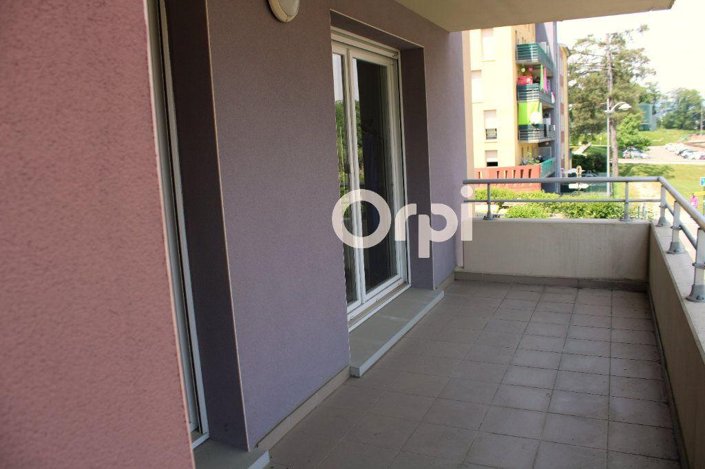 Appartement à louer 2 47m2 à Belfort vignette-1