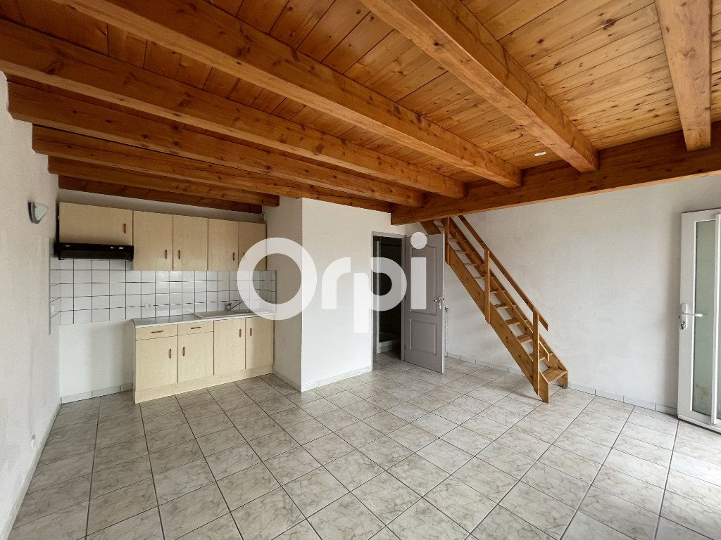 Appartement à louer 3 57m2 à Sochaux vignette-2