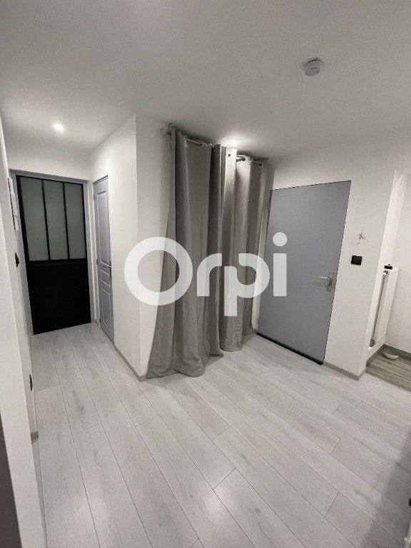 Appartement à louer 3 72.24m2 à Audincourt vignette-7