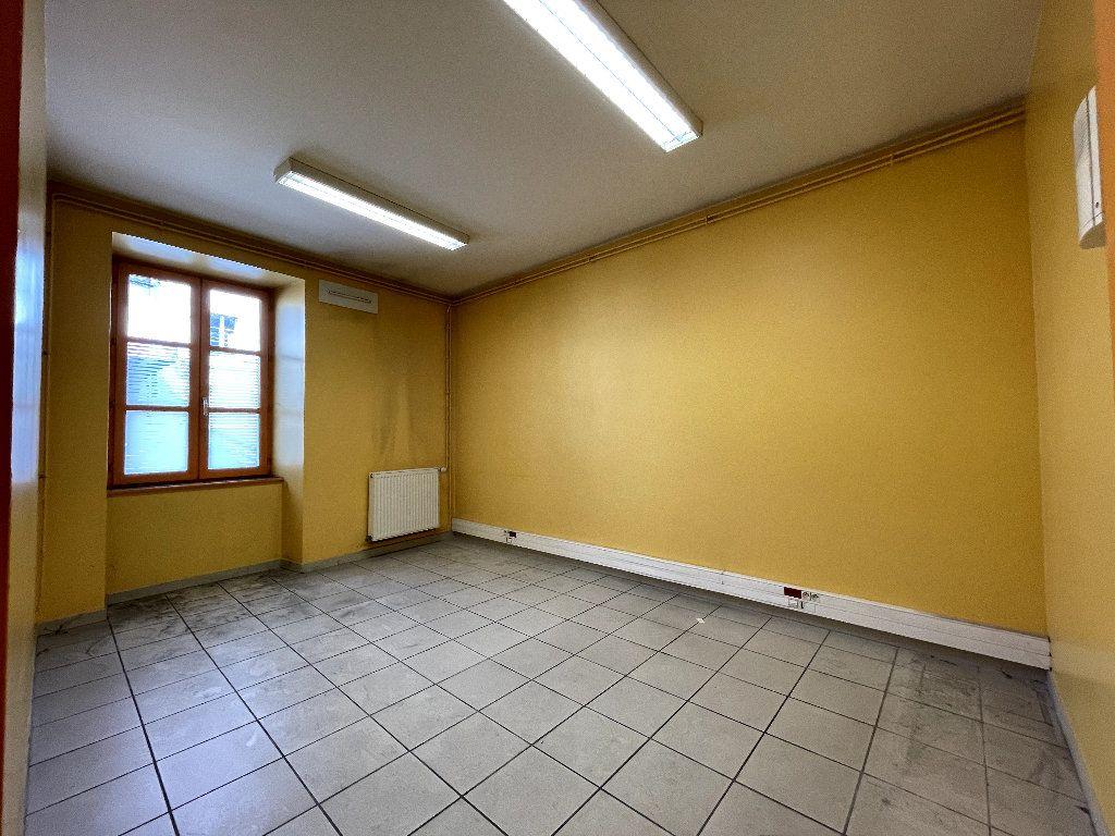 Appartement à vendre 4 110.96m2 à Livron-sur-Drôme vignette-3