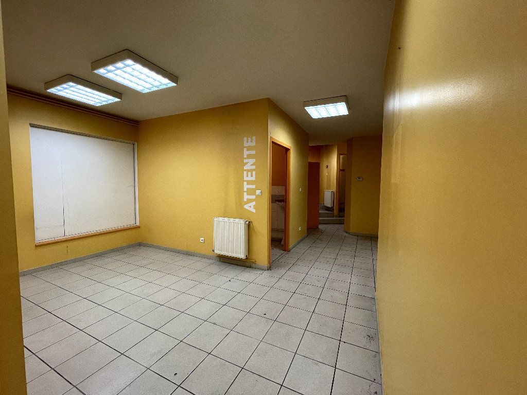 Appartement à vendre 4 110.96m2 à Livron-sur-Drôme vignette-5