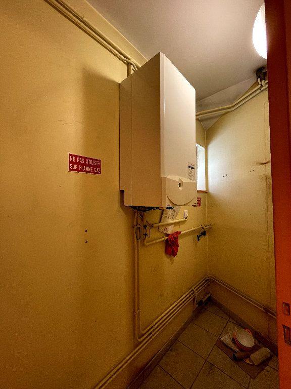 Appartement à vendre 4 110.96m2 à Livron-sur-Drôme vignette-8