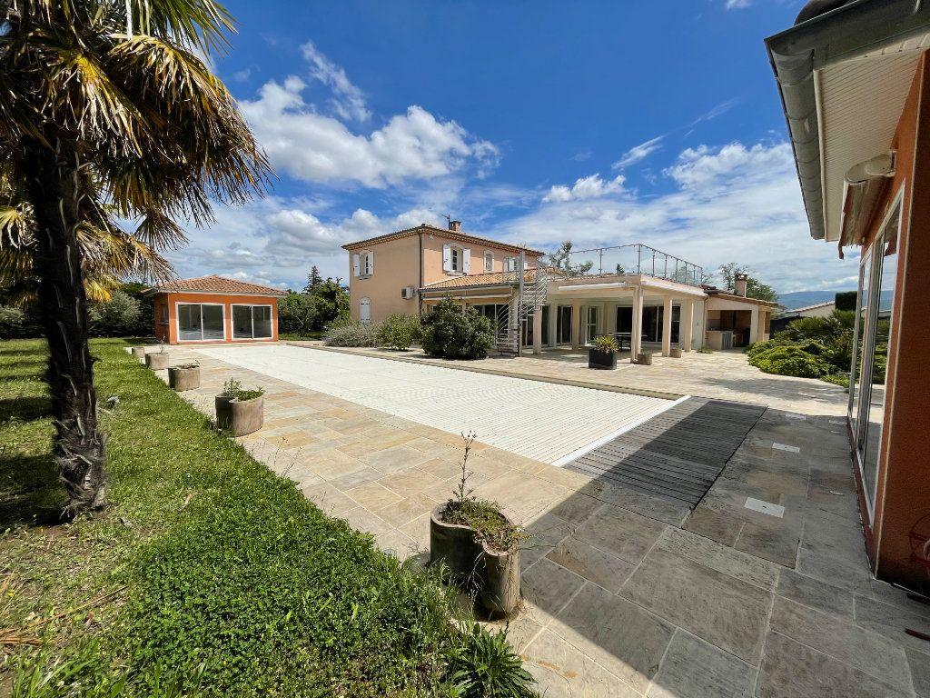 Maison à vendre 9 317m2 à Chabeuil vignette-1