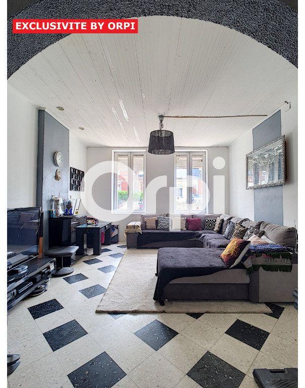 Maison à vendre 5 120m2 à Le Cateau-Cambrésis vignette-3