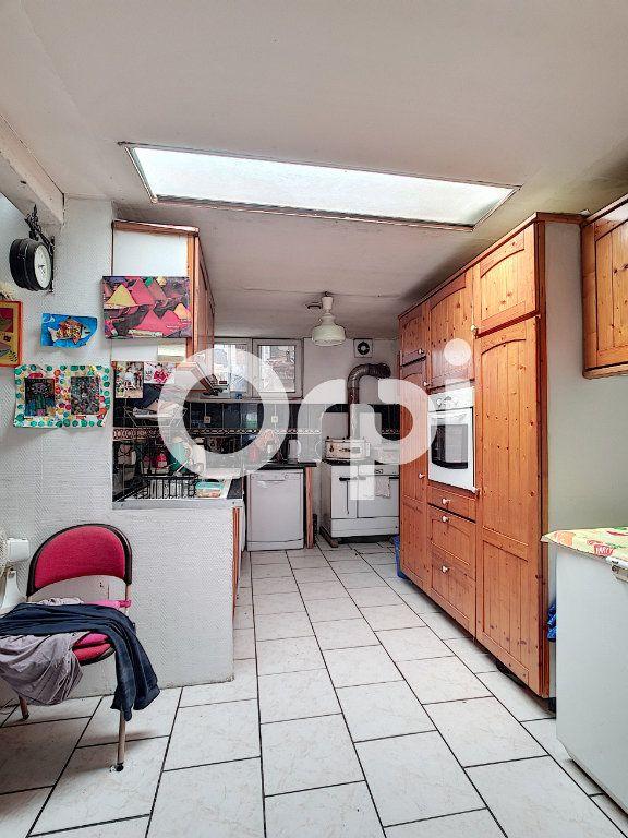 Maison à vendre 5 120m2 à Le Cateau-Cambrésis vignette-4