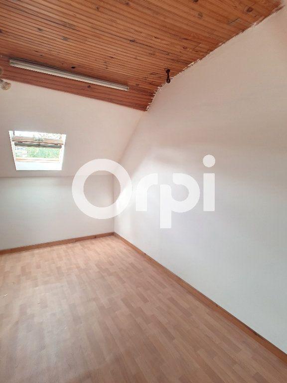 Maison à vendre 5 120m2 à Le Cateau-Cambrésis vignette-6