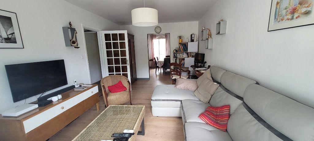 Appartement à vendre 4 76.25m2 à Saint-Brieuc vignette-1