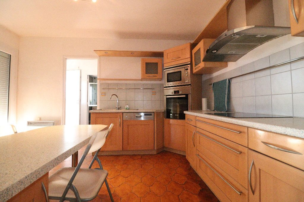 Maison à vendre 5 140m2 à Beaupuy vignette-5