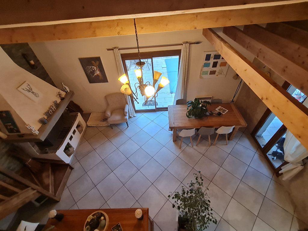 Maison à vendre 7 140m2 à Saint-Geniès-de-Malgoirès vignette-3
