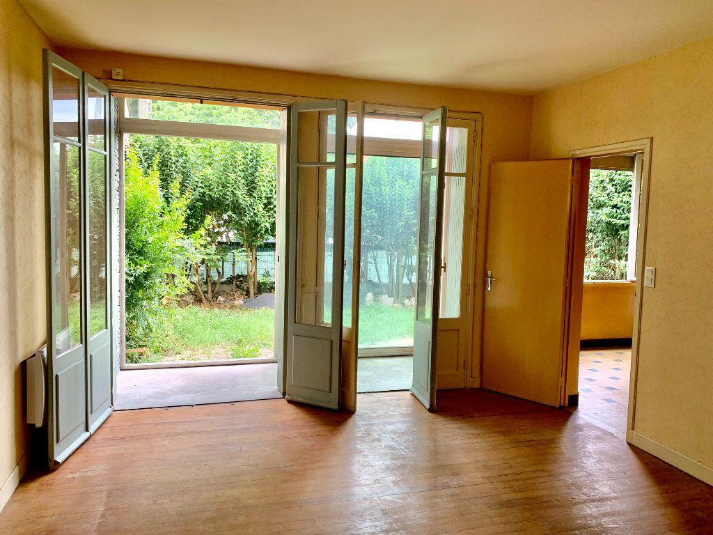 Maison à vendre 6 185m2 à Castanet-Tolosan vignette-3