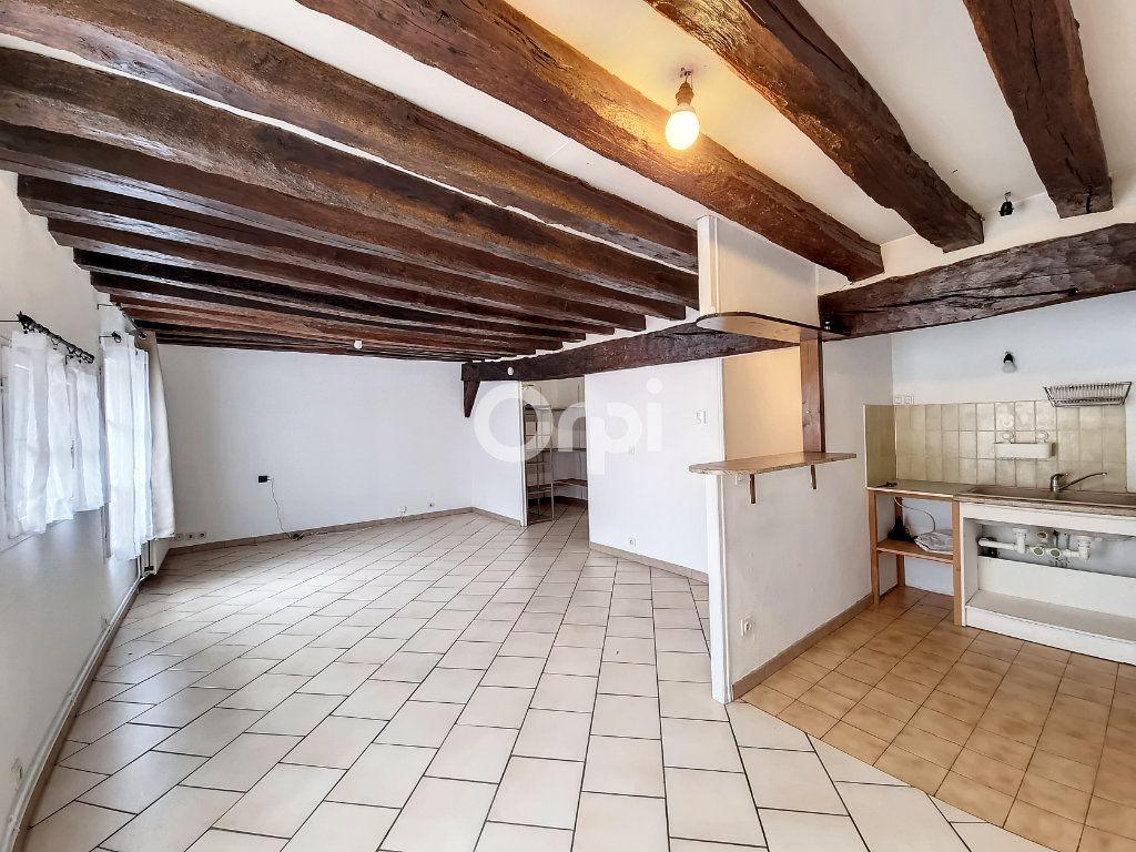 Appartement à louer 3 69.3m2 à Provins vignette-3