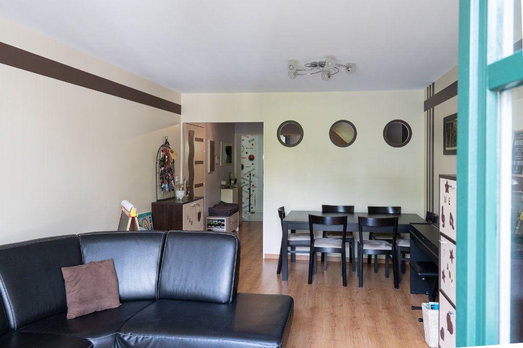 Appartement à vendre 3 70m2 à Rambouillet vignette-4