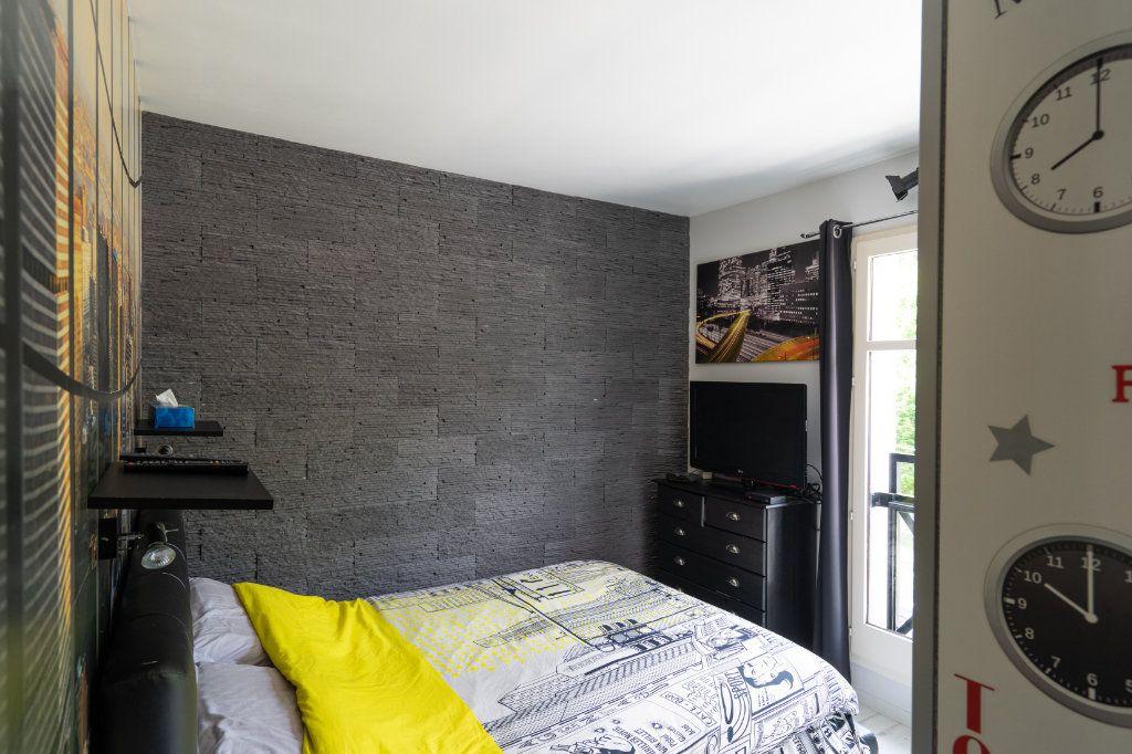 Appartement à vendre 3 70m2 à Rambouillet vignette-5