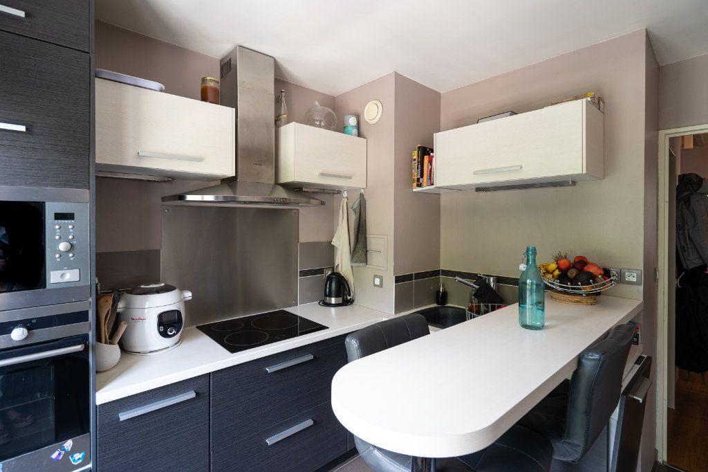 Appartement à vendre 3 70m2 à Rambouillet vignette-6