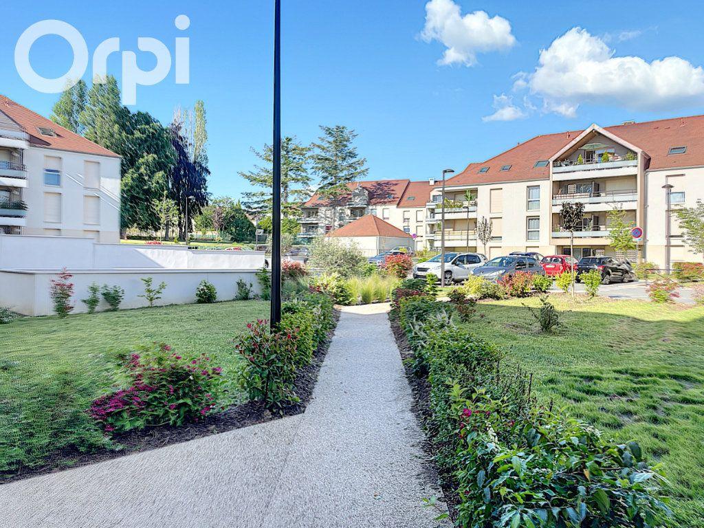 Appartement à vendre 4 80m2 à Rambouillet vignette-1