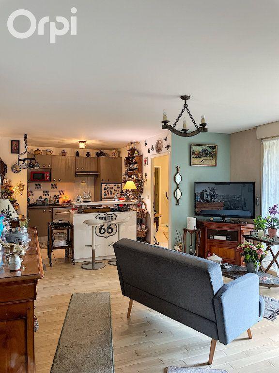 Appartement à vendre 4 80m2 à Rambouillet vignette-3