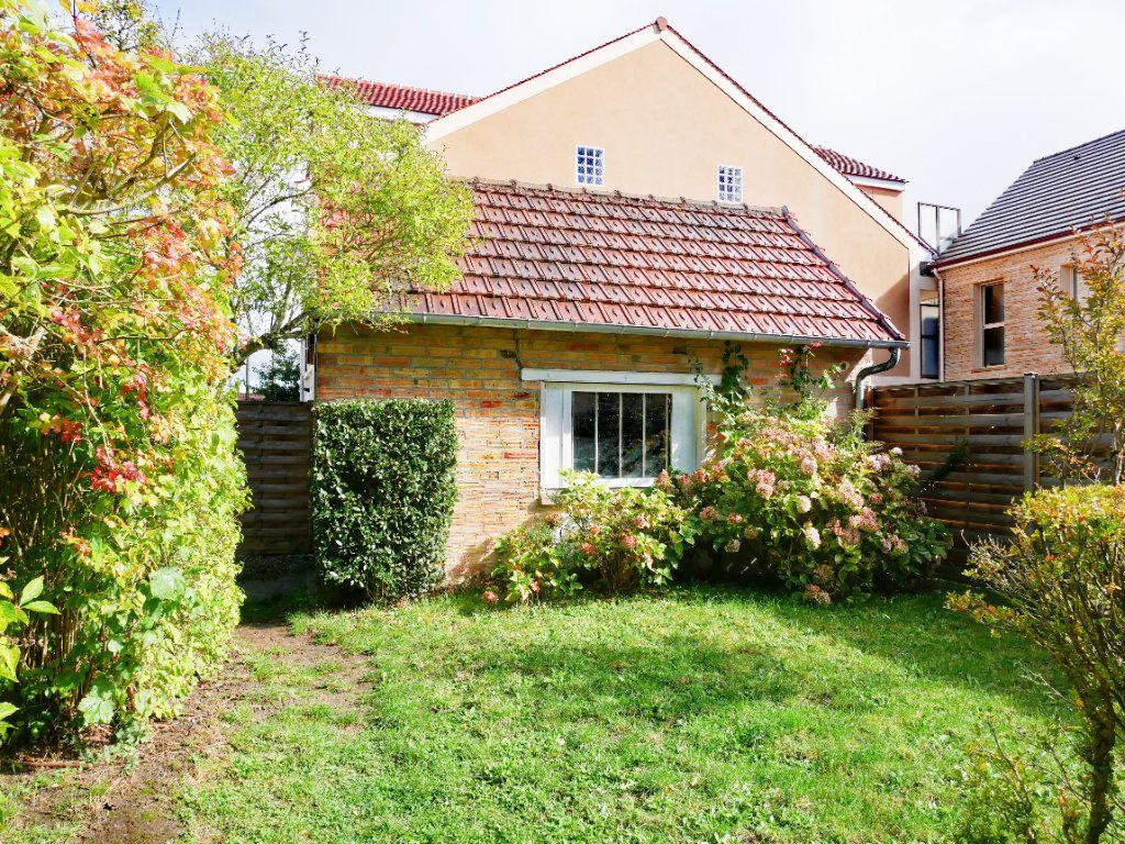 Maison à vendre 5 100m2 à Rambouillet vignette-3