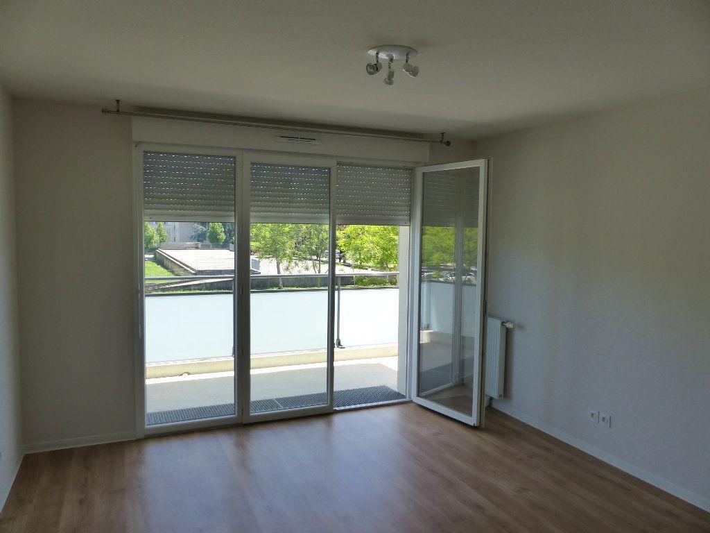 Appartement à louer 2 40.45m2 à Chenôve vignette-10