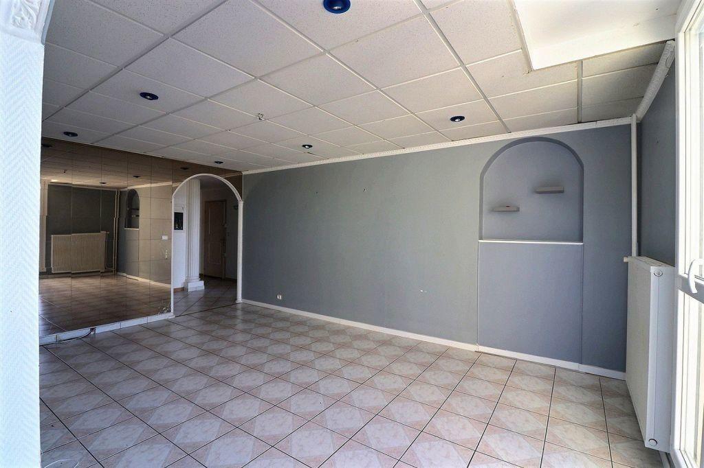 Appartement à vendre 5 91.64m2 à Chenôve vignette-3