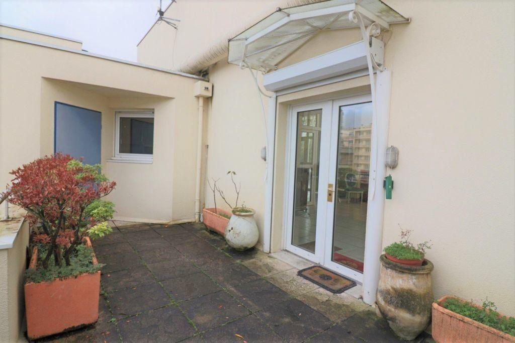 Appartement à vendre 5 157.12m2 à Dijon vignette-10