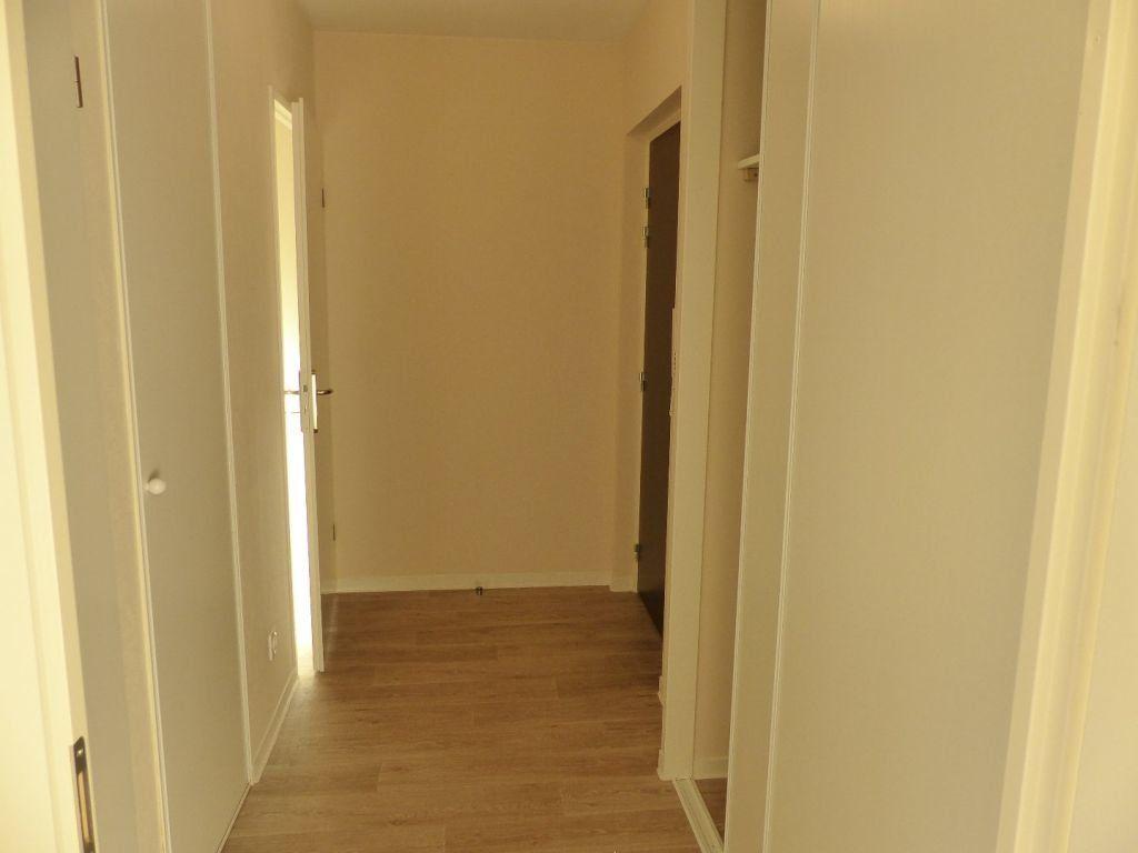 Appartement à louer 2 43.15m2 à Chenôve vignette-5