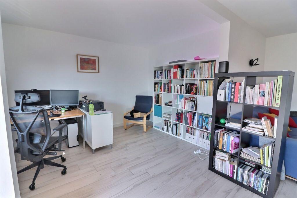 Appartement à vendre 4 83.96m2 à Dijon vignette-5