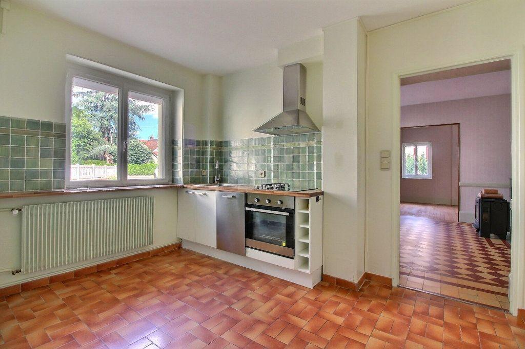 Maison à vendre 4 111m2 à Genlis vignette-3