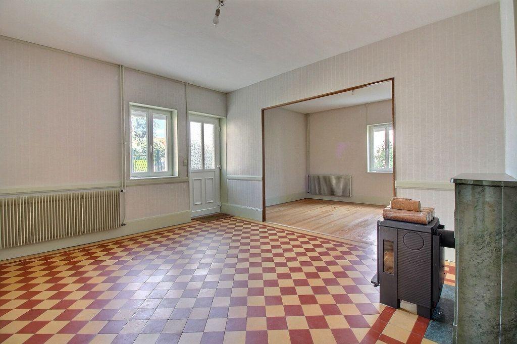 Maison à vendre 4 111m2 à Genlis vignette-5
