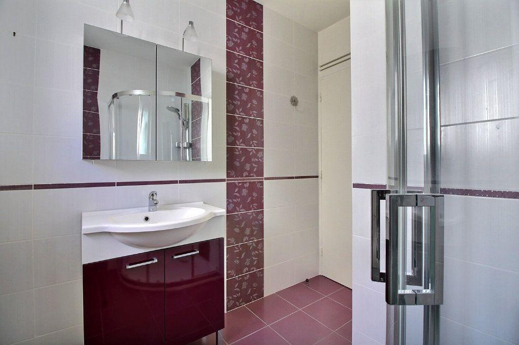 Maison à vendre 4 111m2 à Genlis vignette-7