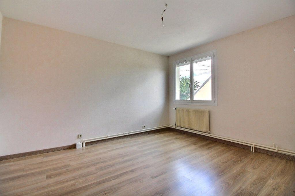 Maison à vendre 4 111m2 à Genlis vignette-8