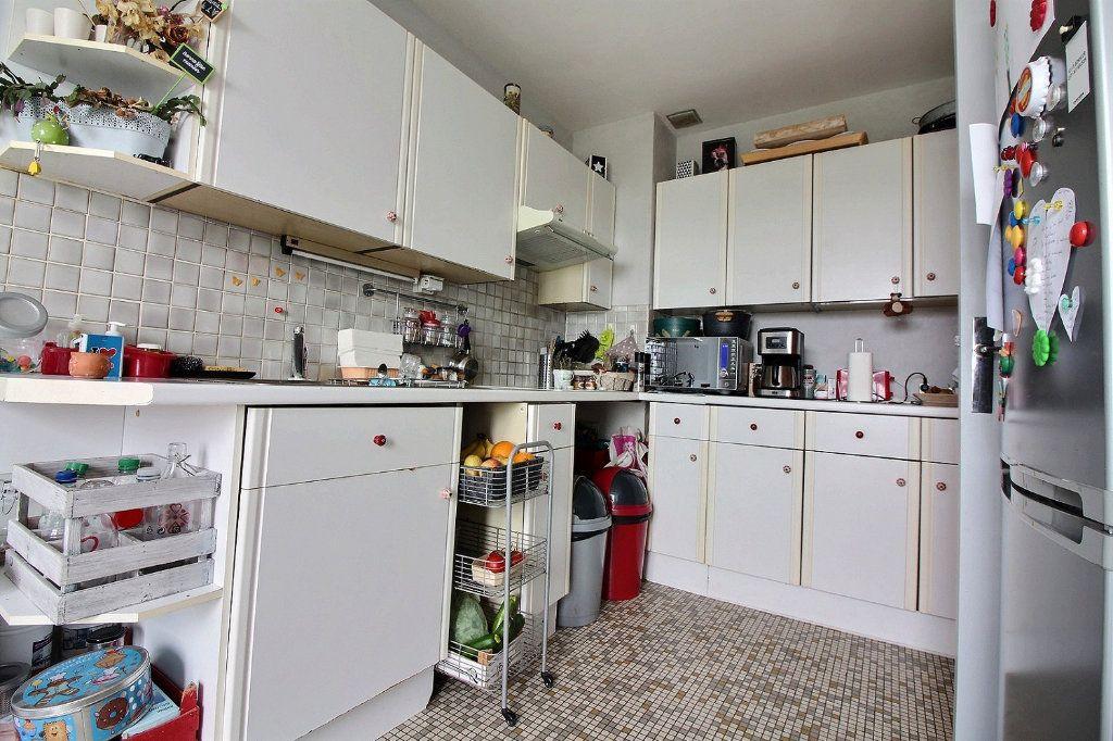 Appartement à vendre 4 75.41m2 à Chevigny-Saint-Sauveur vignette-6