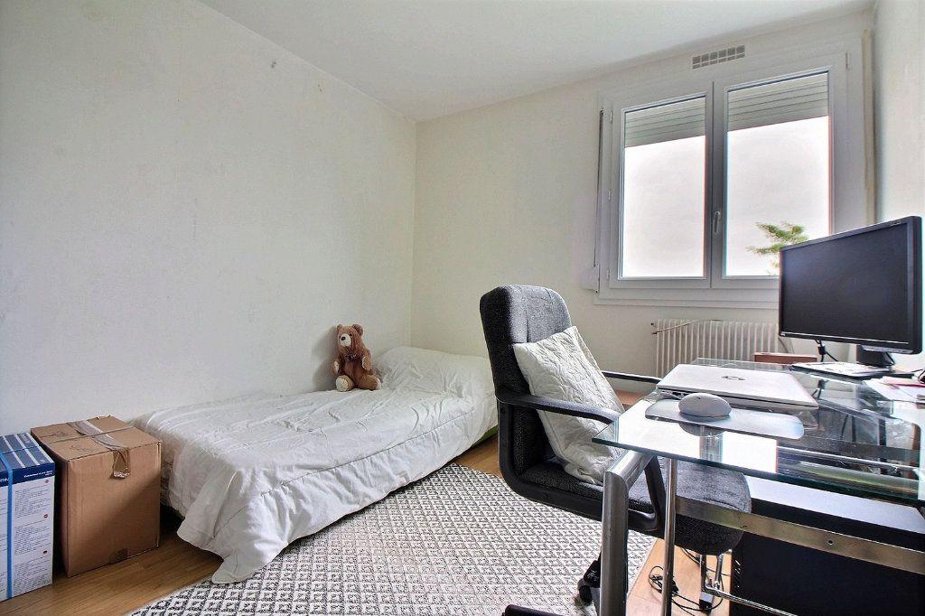 Appartement à vendre 4 75.41m2 à Chevigny-Saint-Sauveur vignette-8